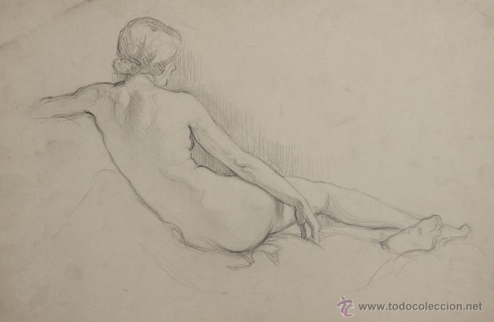 N5 102 Mujer Desnuda Dibujo Al Carbon Escuel Sold At Auction