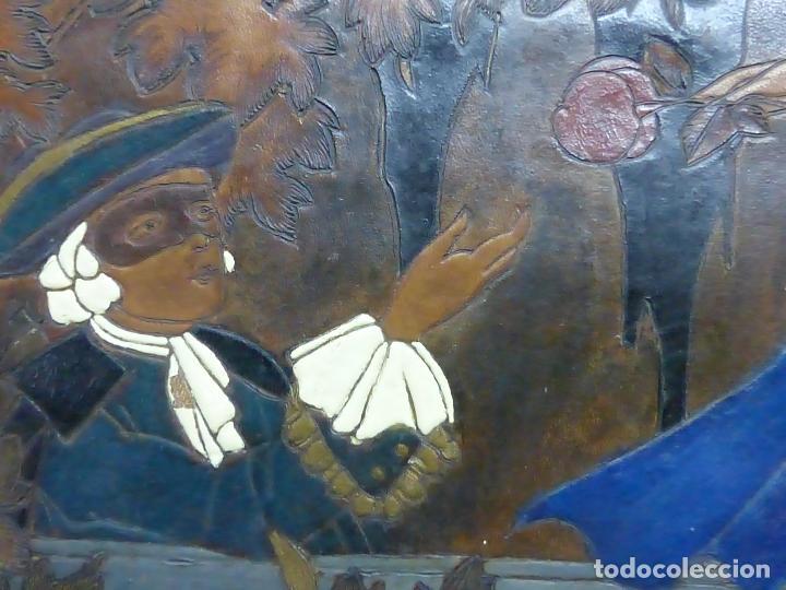 Arte: ANTIGUO GRAN CAMAFEO CON PINTURA ROMÁNTICA SOBRE CUERO REPUJADO - ORIGINAL DE FRANCIA SIGLO XIX - Foto 10 - 76445563