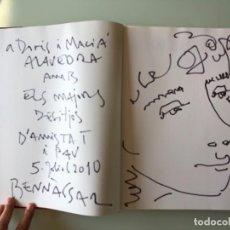 Arte: DIBUJO FIRMADO JOAN BENNASSAR EN LIBRO SOBRE EL PINTOR DE ANTONI M. PLANAS. Lote 120706643