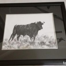 Arte: TAURINO-- FIRMADO J MESA-CARBONCILLO-28X21,5 CM-ENMARCADO. Lote 147080878