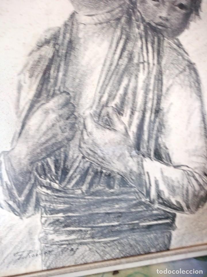 Arte: Dibujo a carboncillo firmado por el profesor g. robert graf,madre oriental con niño a la espalda. - Foto 2 - 147828382