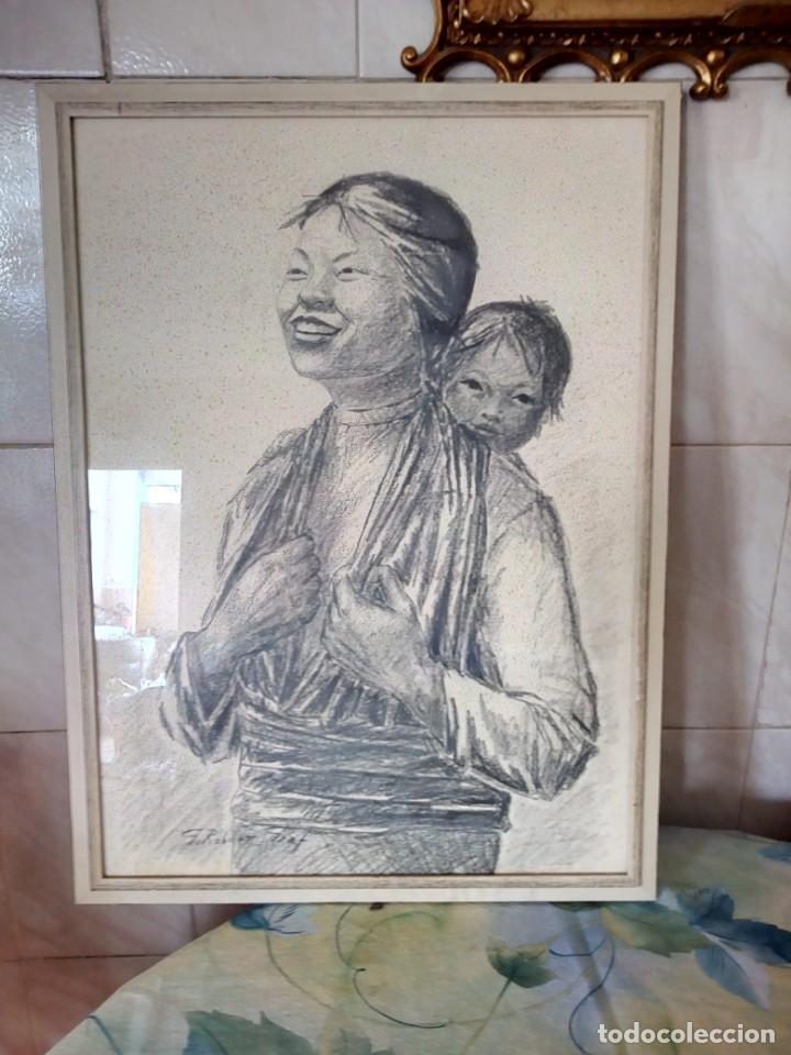 Arte: Dibujo a carboncillo firmado por el profesor g. robert graf,madre oriental con niño a la espalda. - Foto 8 - 147828382