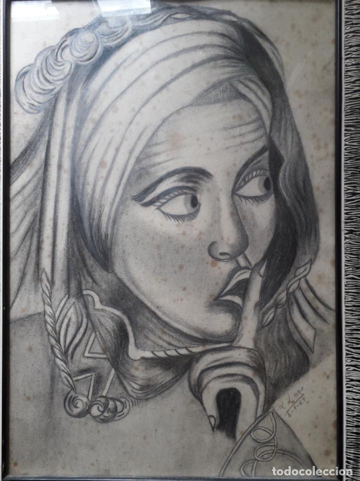 Arte: Retrato de Mujer al Carboncillo. Firma: L. Lago. Fecha: 6 de enero de 1967. - Foto 2 - 158677450