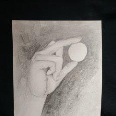 Arte: DIBUJO ORIGINAL A GRAFITO. MANO. FIRMADO.. Lote 183826553