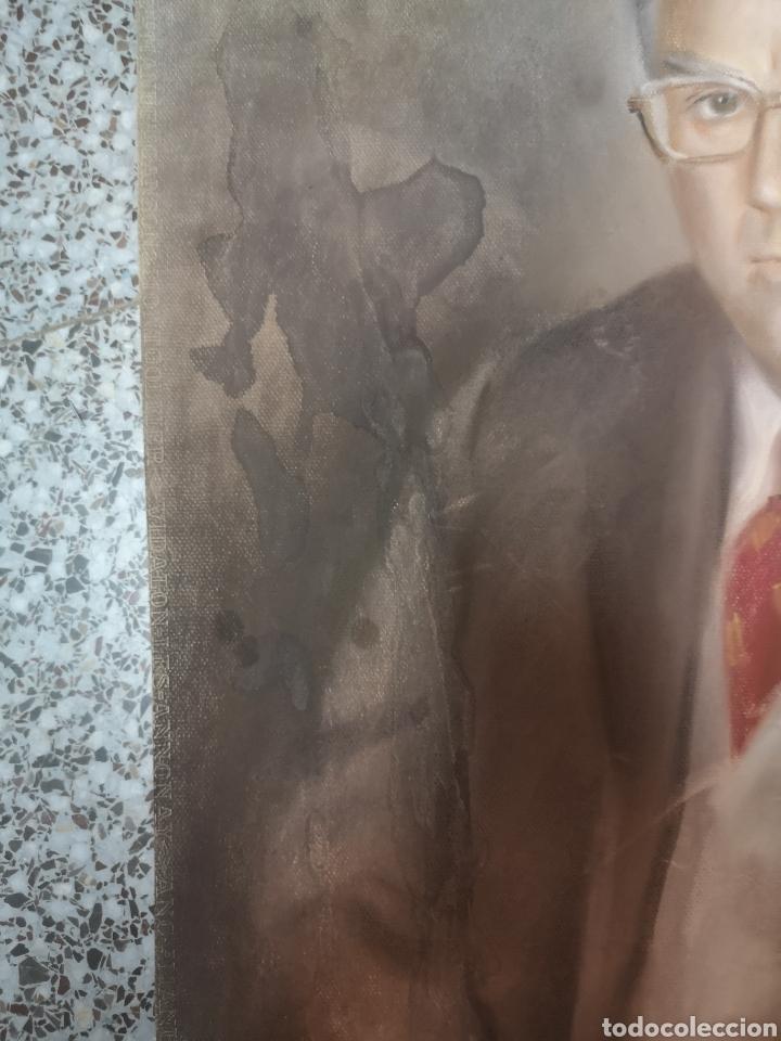 Arte: Francisco Hernandez, retrato de caballero a pastel, grandes dimensiones, 109x74cm. - Foto 4 - 194315557