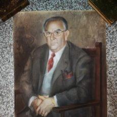 Arte: FRANCISCO HERNANDEZ, RETRATO DE CABALLERO A PASTEL, GRANDES DIMENSIONES, 109X74CM.. Lote 194315557