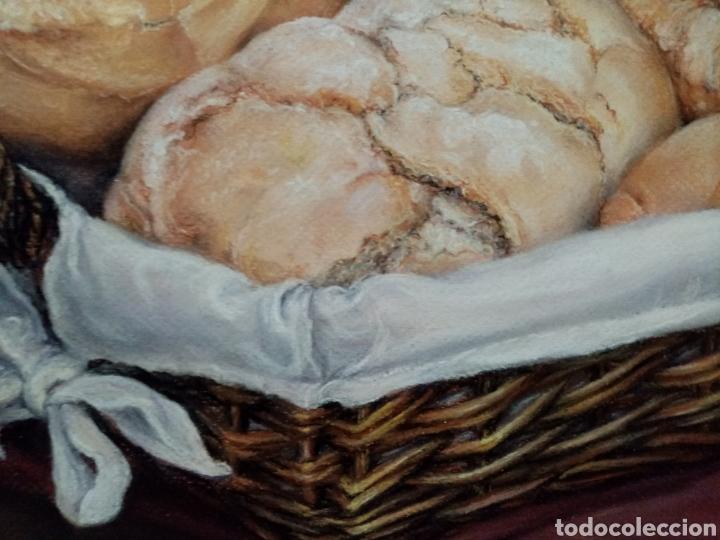 Arte: Precioso bodegón de panes y canasto. hiperrealismo Técnica pastel. - Foto 3 - 194504956
