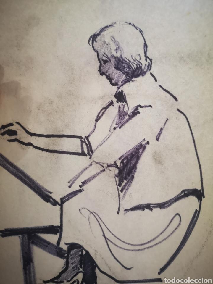 Arte: Mujer dibujando, dibujo sobre papel, boceto. 31x21cm - Foto 2 - 195368681