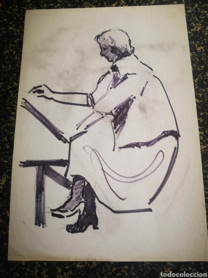 MUJER DIBUJANDO, DIBUJO SOBRE PAPEL, BOCETO. 31X21CM (Arte - Dibujos - Contemporáneos siglo XX)