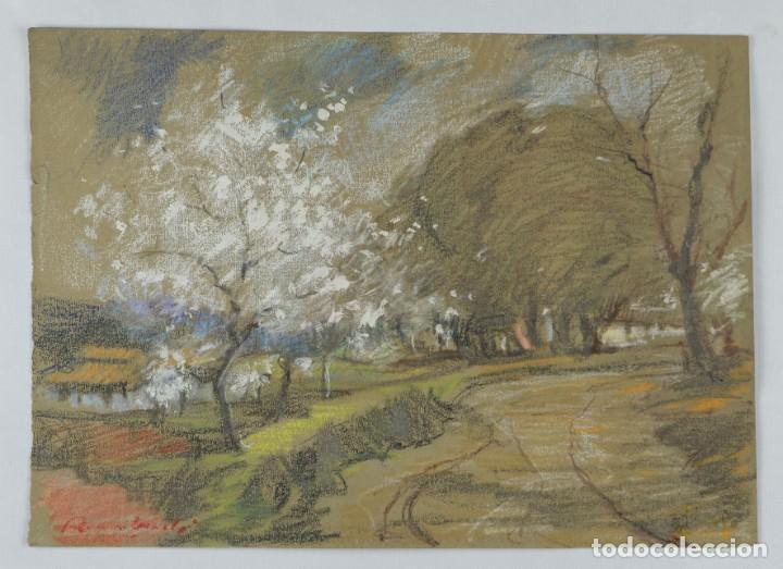 Arte: Ceras y gouache sobre papel Paisaje camino con árboles mediados siglo XX - Foto 2 - 210145888