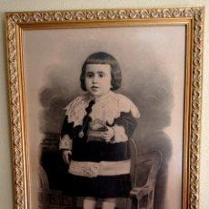 Arte: ESPECTACULAR RETRATO MUY ANTIGUO DE NIÑO A CARBONCILLO ENMARCADO HACIA 1880. Lote 277033963