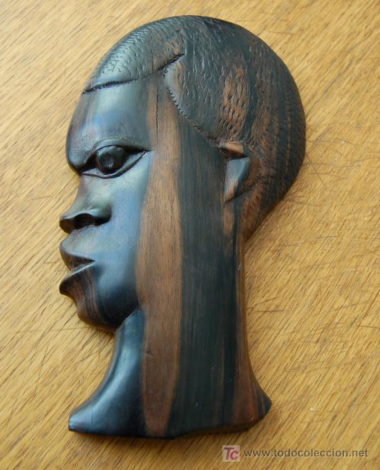 TALLA DE EBANO REALIZADA A MANO POR NATIVOS DE LA ANTIGUA COLONIA GUINEANA APROX 1950 (Arte - Escultura - Madera)