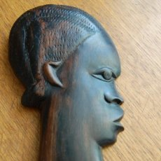 Arte: TALLA DE EBANO REALIZADA A MANO POR NATIVOS DE LA ANTIGUA COLONIA GUINEANA APROX 1950. Lote 27067370