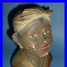 Arte: RARA Y EXCELENTE HUCHA DE NEGRA, REALIZADA EN TERRACOTA, HACIA 1900.. Lote 89595543