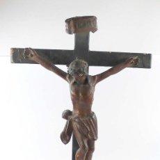 Arte: CRISTO DE MADERA ISABELINO EN CRUZ. 1860'S. 55 CM DE ALTURA TOTAL. . Lote 22988295