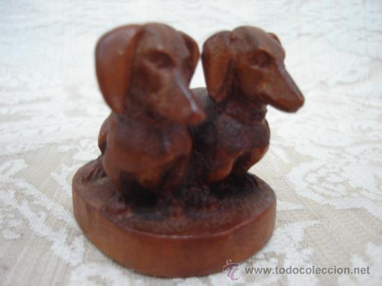 TECKEL DACHSHUND TALLADOS EN MADERA (Arte - Escultura - Madera)