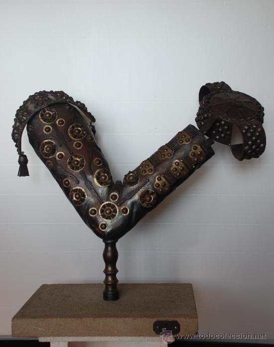 ESCULTURA EL BRINDIS TORERO. TAUROMAQUIA (Arte - Escultura - Hierro)
