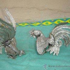 Arte: 2 GALLOS DE BRONCE PLATEADO. Lote 16384717