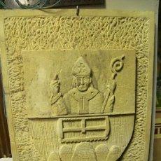 Arte: ESCUDO DE PIEDRA DE SANT FRUITOS DE BAGES. Lote 19371391