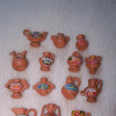 Arte: 14 PEQUEÑAS FIGURAS DE BARRO (3,5 CM APROXIMADAMENTE).. Lote 27349077
