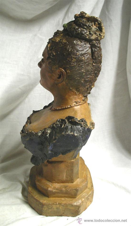 Arte: Escultura Busto Mujer epoca modernista, barro o terracota, Buxo ? no firmada. Med 38 cm - Foto 2 - 26357777