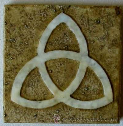 Triqueta simbolo y talisman antiguo de origen comprar for El significado de marmol