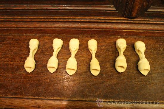 SET 6 ANTIGUOS POSA CUBIERTOS EN HUESO O MARFIL TALLADOS A MANO EN UNA SOLA PIEZA - ELEFANTES (Arte - Escultura - Hueso)