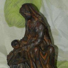 Escultura. Maternidad. Terracota. C 1900