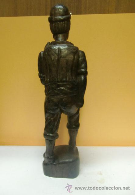 Arte: Figura de hombre tallada en madera - Foto 2 - 31147308