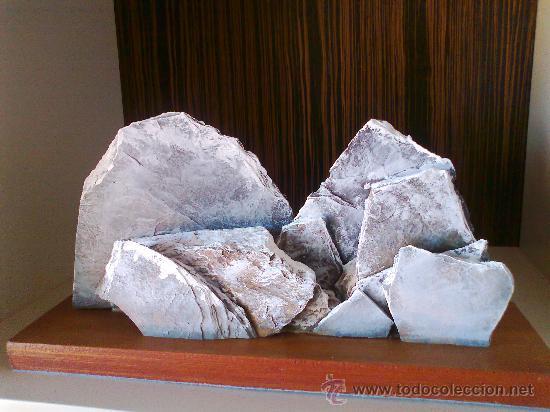 ESCULTURA AÑOS 60. ESCULTOR ALEMAN.BASE DE MADERA MACIZA.ALPES FRANCESES. VER FOTOS. (Arte - Escultura - Piedra)