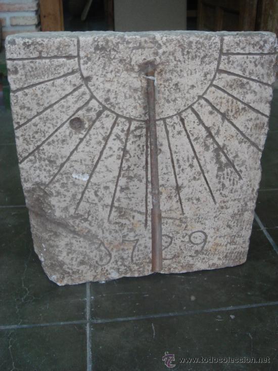 RELOJ DE PIEDRA (Arte - Escultura - Piedra)