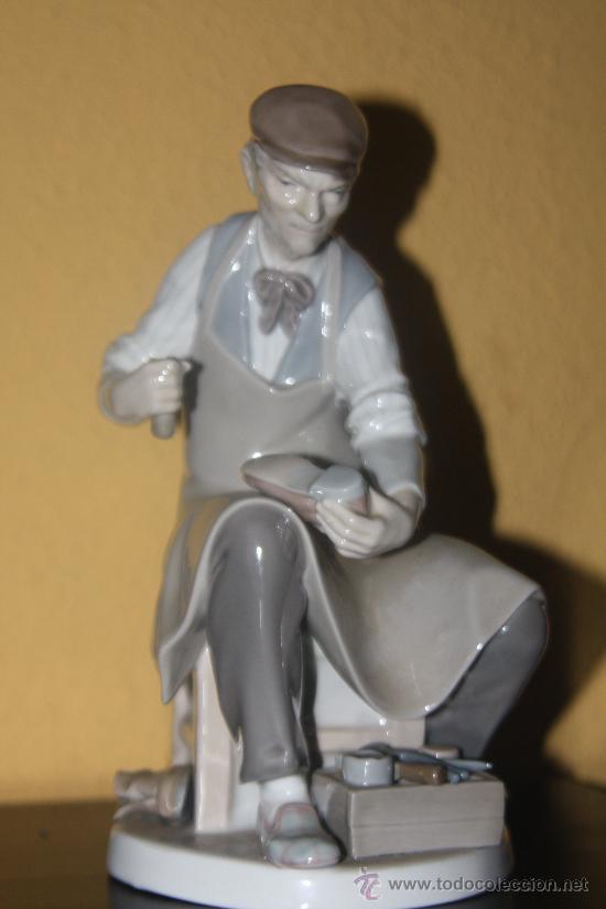 FIGURA ZAPATERO DE LLADRO (Arte - Escultura - Porcelana)