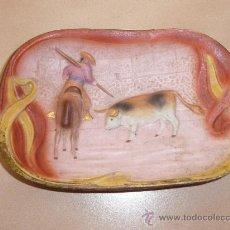 Arte: PRECIOSO BISCUIT DE PORCELANA DE TEMATICA TAURINA, CON TORO, AÑOS 20. Lote 36189876
