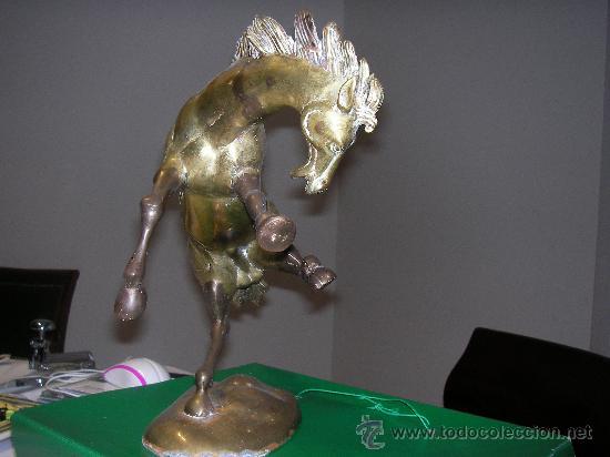 PRECIOSO CABALLO DE BRONCE. ALTURA 30 CM (Arte - Escultura - Bronce)