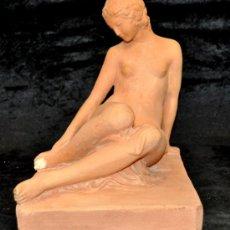 Arte: JAUME MARTRUS I RIERA (MANRESA, 1889 - BARCELONA, 1966) ESCULTURA EN TERRACOTA FIRMADA. DESNUDO. Lote 37376706