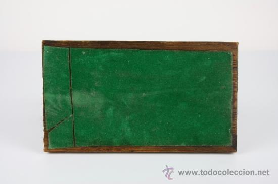 Arte: LOCOMOTORA DE METAL SOBRE BASE DE MADERA - PRIMERA MITAD DEL S.XX - Foto 17 - 38086062