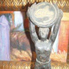 Arte: ESCULTURA CON ESCUDO DE LA CASERA CREO BRONCE BASE MARMOL CON ESCUDOS DE DIFERENTES BEBIDAS. Lote 38459648