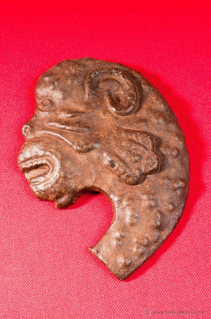 CABEZA ANIMAL, DE HIERRO FORJADO (Arte - Escultura - Hierro)