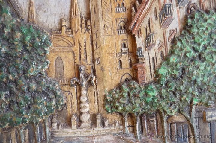Arte: PRECIOSO RELIEVE EN MADERA, TALLA DE LA GIRALDA DE SEVILLA, PINTADO AL OLEO - Foto 2 - 40741282