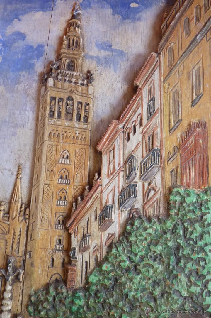 Arte: PRECIOSO RELIEVE EN MADERA, TALLA DE LA GIRALDA DE SEVILLA, PINTADO AL OLEO - Foto 5 - 40741282