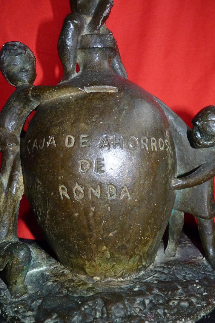 Arte: ESCULTURA EN BRONCE, PRIMITIVO EMBLEMA CAJA DE AHORROS DE RONDA (UNICAJA) MUY ANTIGUA - Foto 7 - 41481154