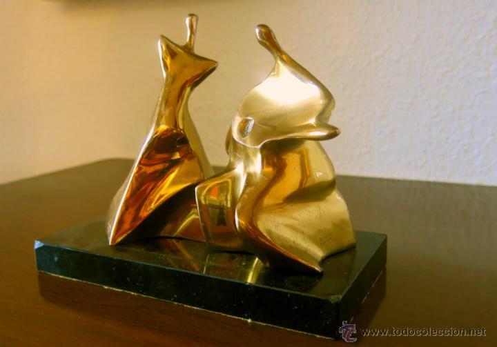 Arte: Roberto Laorga. Interesante escultura en bronce, firmada. - Foto 4 - 41746642