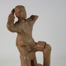 Arte: ESCULTURA DE HOMBRE JOVEN EN TERRACOTA, AÑOS 50. Lote 42958430