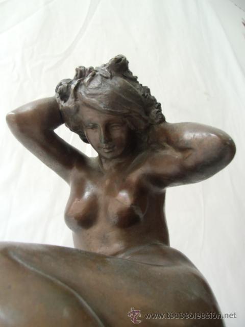 FIGURA FEMENINA DE BRONCE (Arte - Escultura - Bronce)