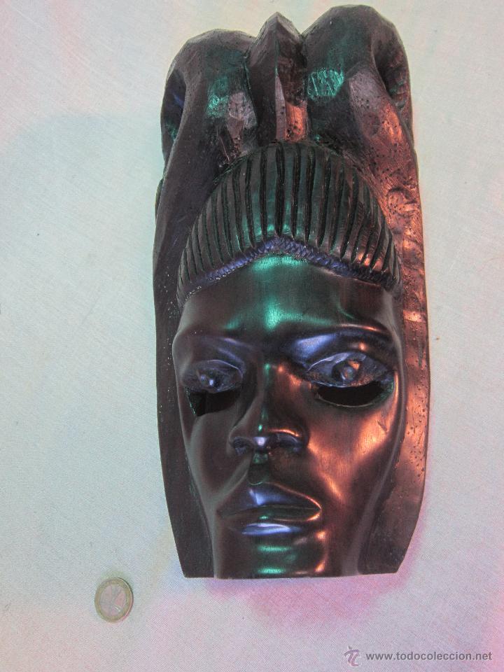 BUSTO AFRICANO TALLA EN MADERA (Arte - Escultura - Madera)