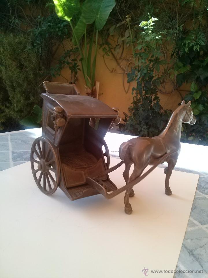 CABALLO Y CARRUAJE REALIZADO EN BRONCE (Arte - Escultura - Bronce)