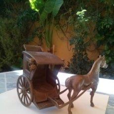 Arte: CABALLO Y CARRUAJE REALIZADO EN BRONCE. Lote 44813357