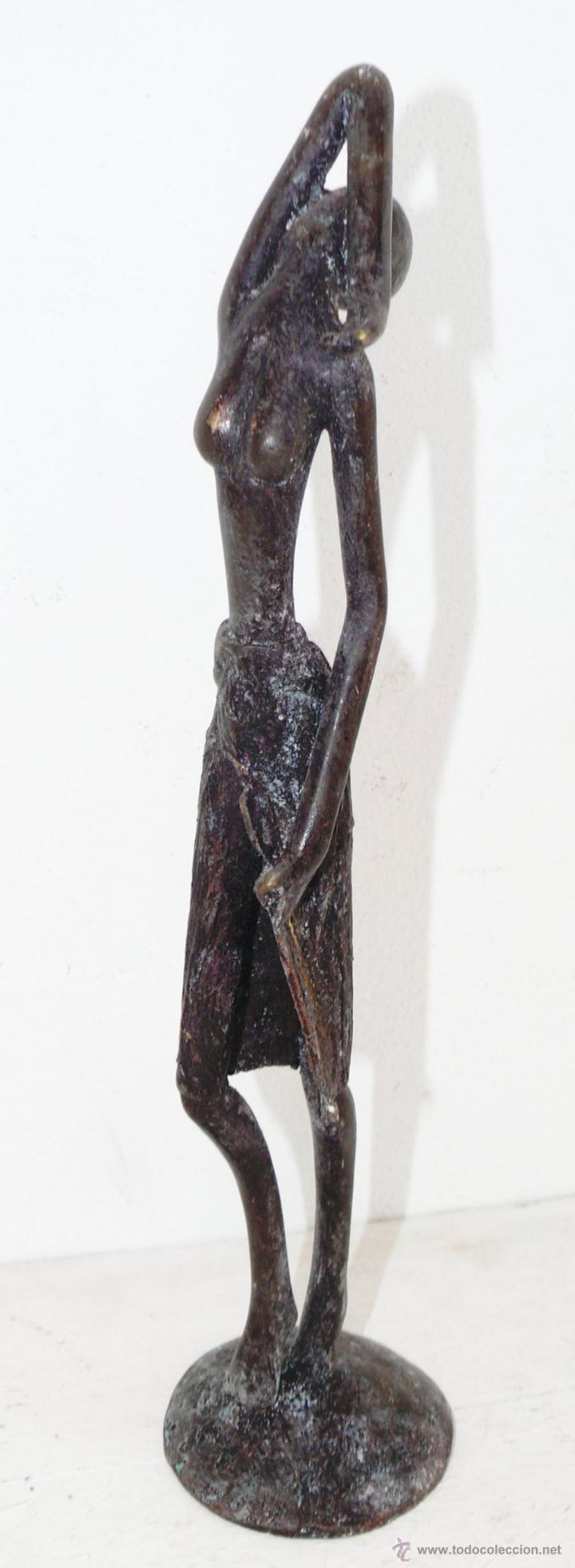 FANTASTICA ESCULTURA EN BRONCE MUJER AFRICANA (Arte - Escultura - Bronce)