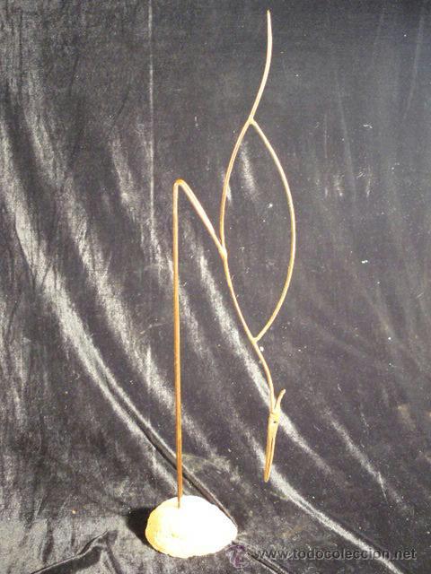 ESCULTURA DE HIERRO (Arte - Escultura - Hierro)