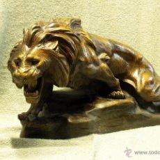 Arte: ESCULTURA DE LEÓN EN TERRACOTA, 'LION EN FURIE'. THOMAS CARTIER. PRINCIPIOS DEL SIGLO XX.. Lote 44969256